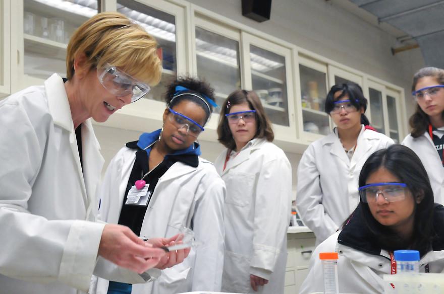 Argonne_lab_education
